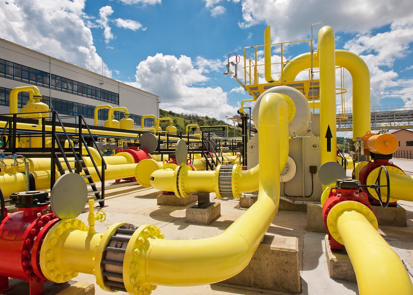 Detaliu statie de comprimare gaze naturale Sarmasel