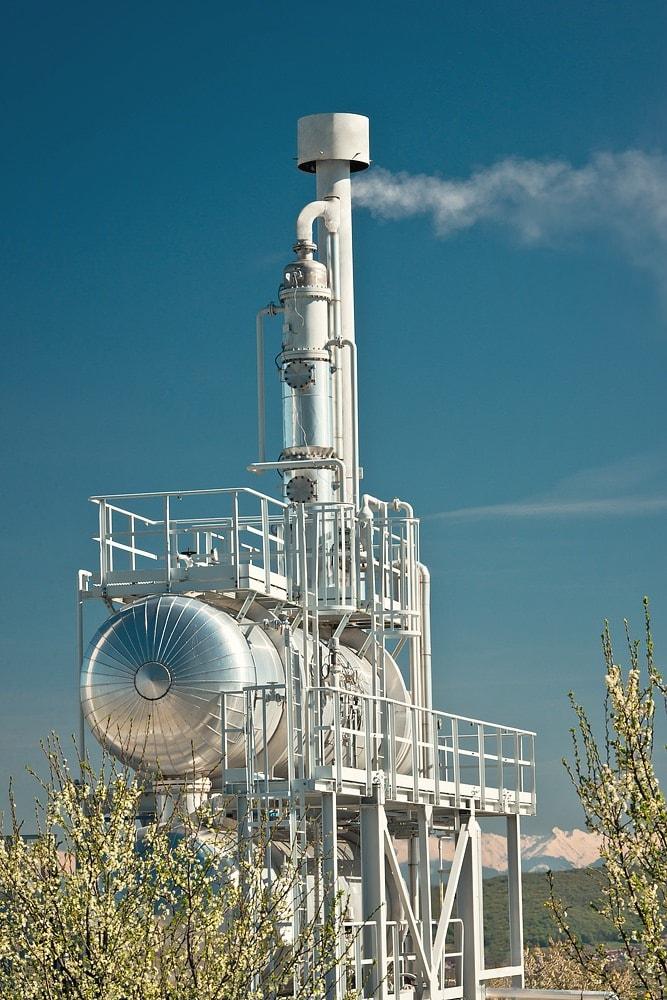 Detaliu statie de uscare gaze naturale primavara Botorca