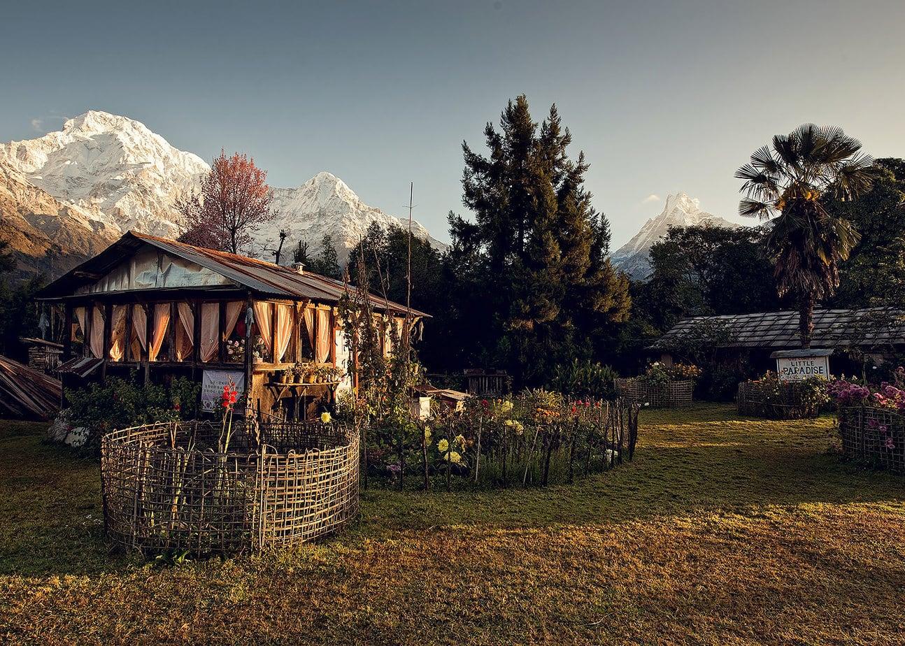 Little Paradise zona Kotdanda Nepal cu vedere spre Varful Annapu