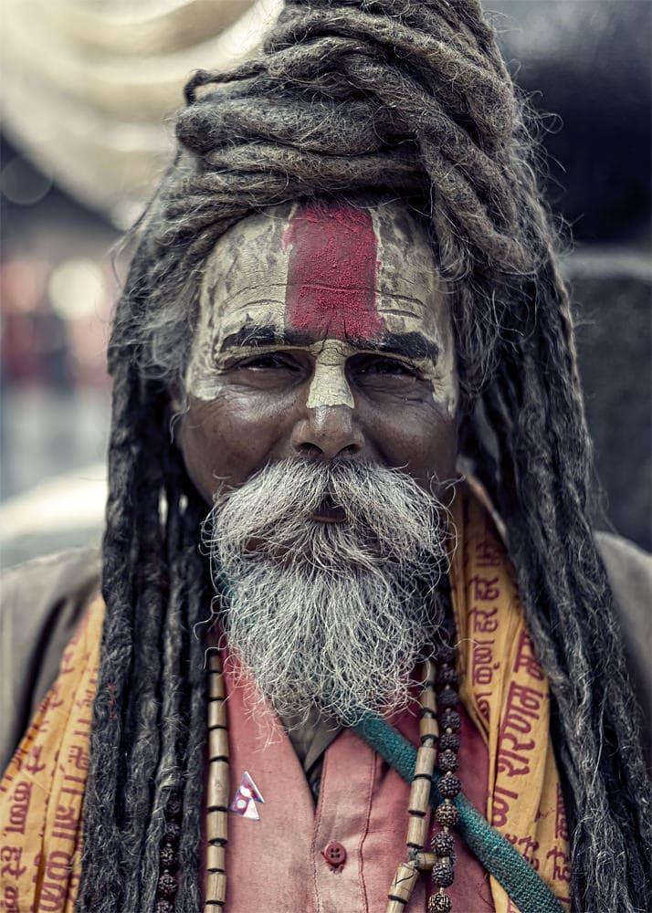 Portret Sadhu in piata Durbar Square din Kathmandu capitala Nepa