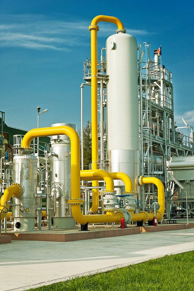 Prim plan statie de uscare gaze naturale Tigmandru