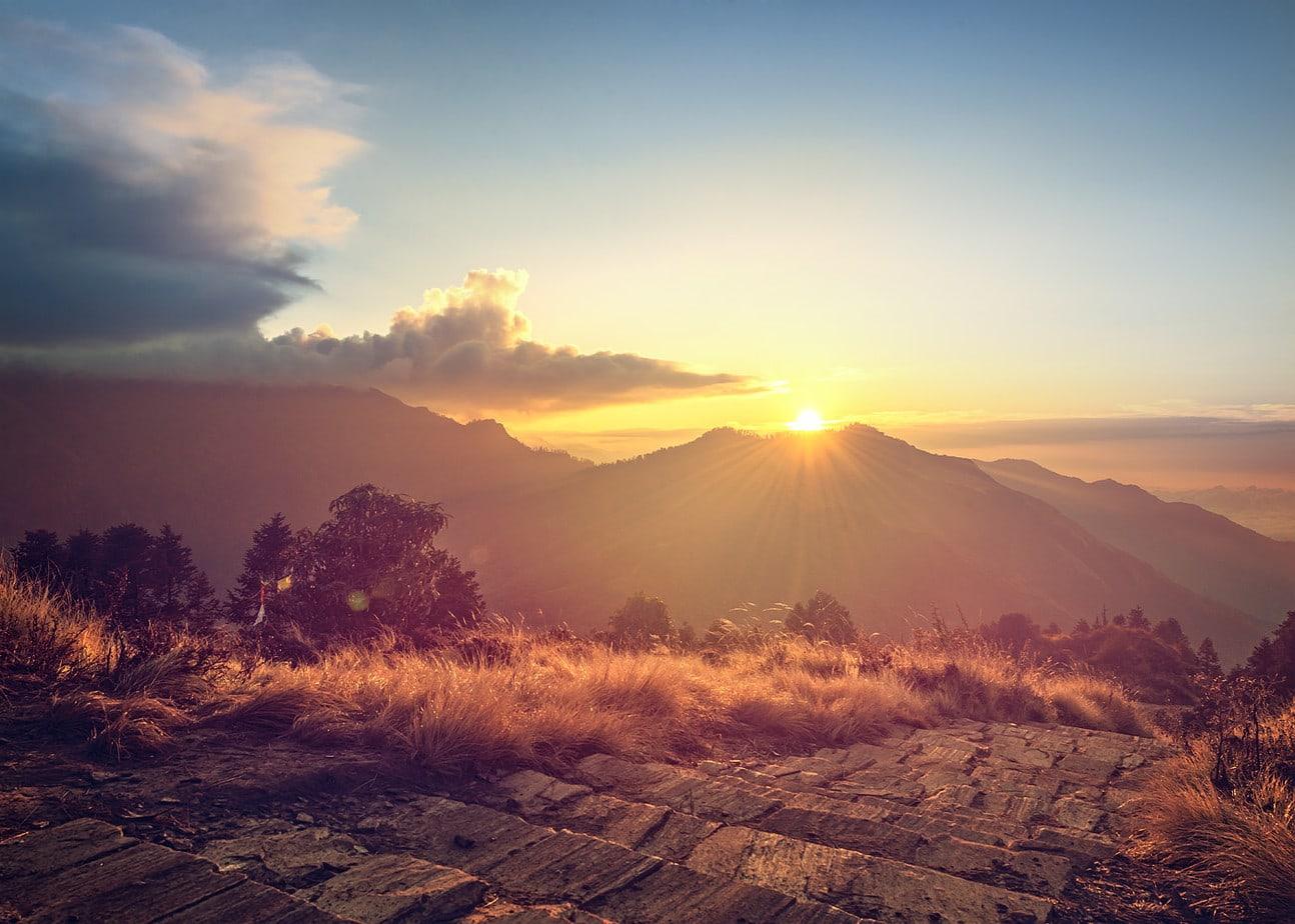 Vedere rasarit Poon Hill 3193 m altitudine Nepal